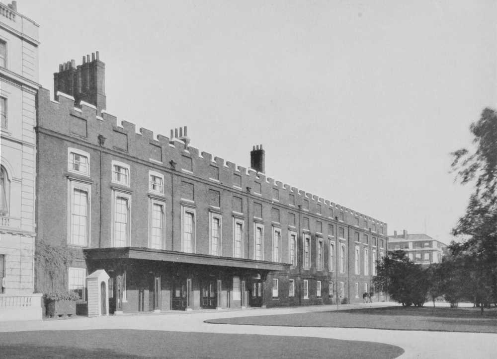 Westminster 29 St James Palace S Range With State Apartments Late 17th Century