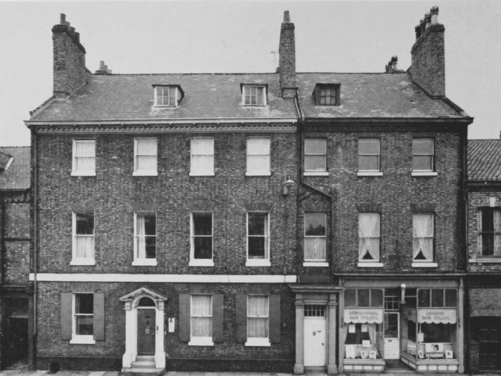 Office Calendars 2017 : Plate gillygate houses british history online
